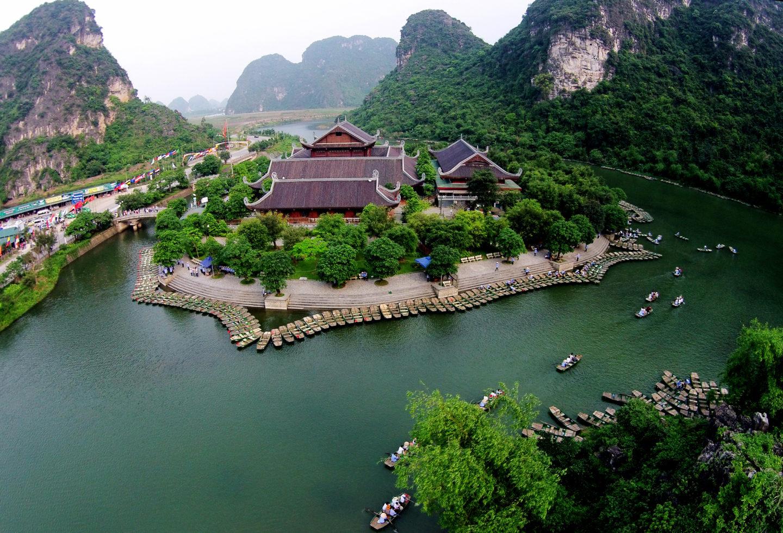 Hoa Lu and Tam Coc