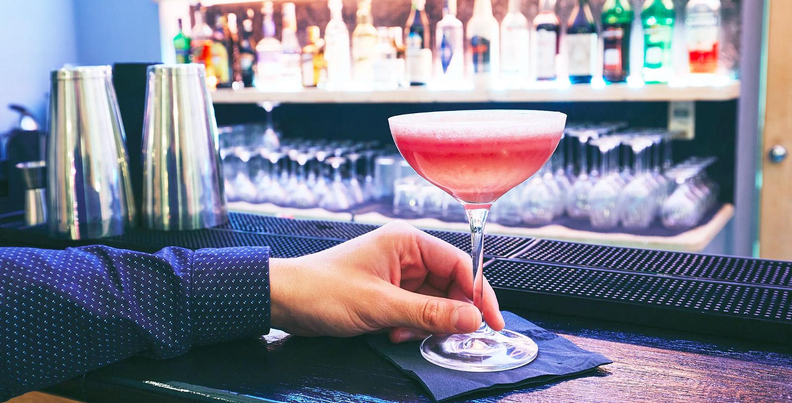 Club & Bar
